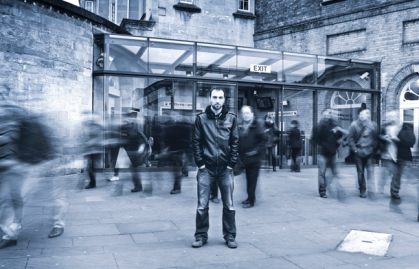 urban-photography-how-to-blur-people-in-busy-city-scenes
